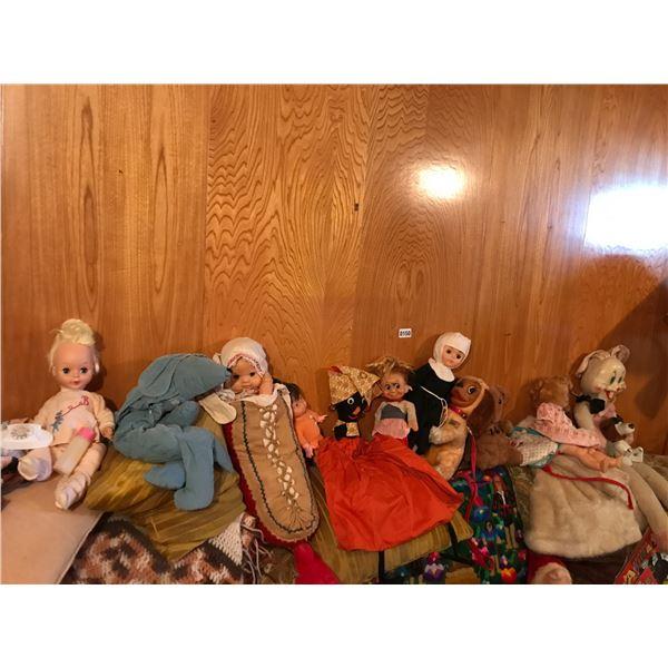 Assorted Vintage Dolls