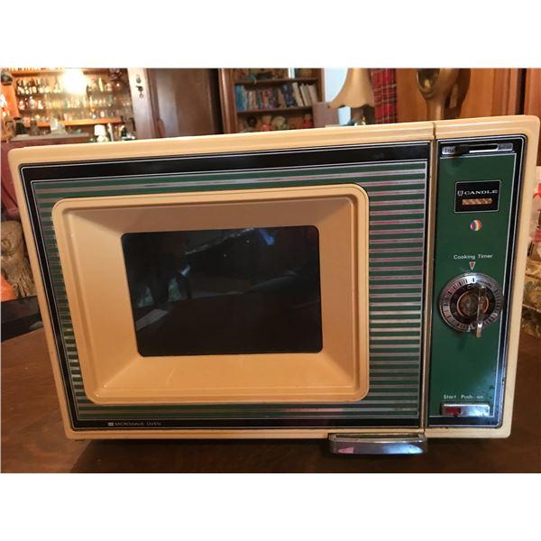 Candle Vintage Microwave