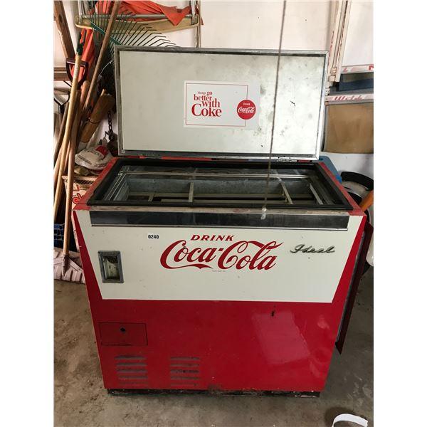 Ideal Coca-Cola Vintage Bottle Vending Machine