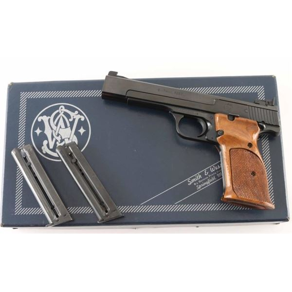 Smith & Wesson 41 .22 LR SN: A440863