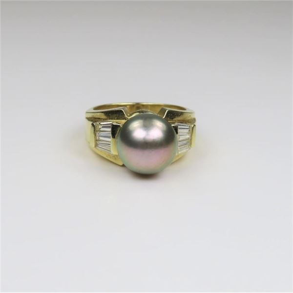 Sophisticated Extra Fine Black Pearl and Diamond