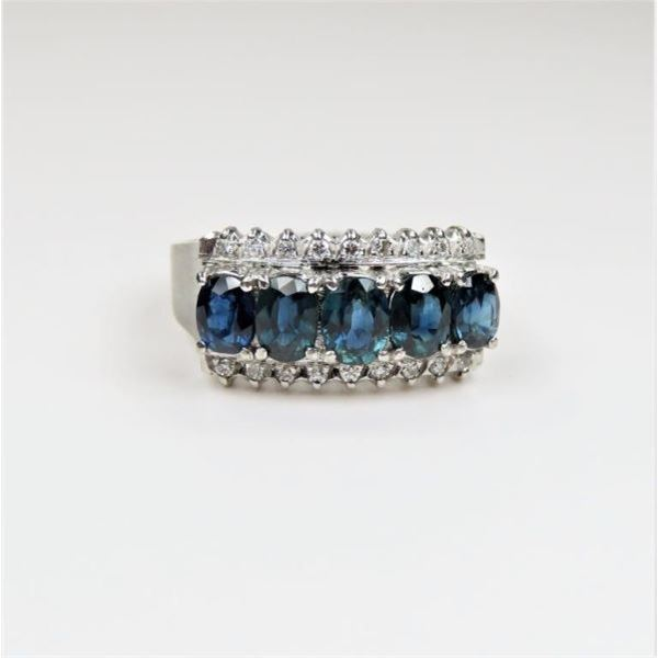Dazzling Blue Sapphire and Diamond Ring