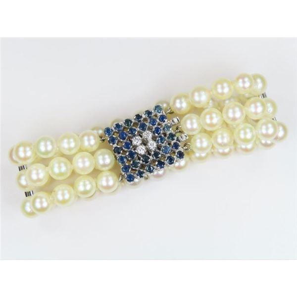 Lavish Pearl Bracelet