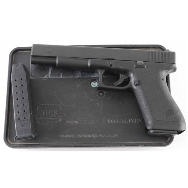 Glock 17L Gen 1 9mm SN: DB640US