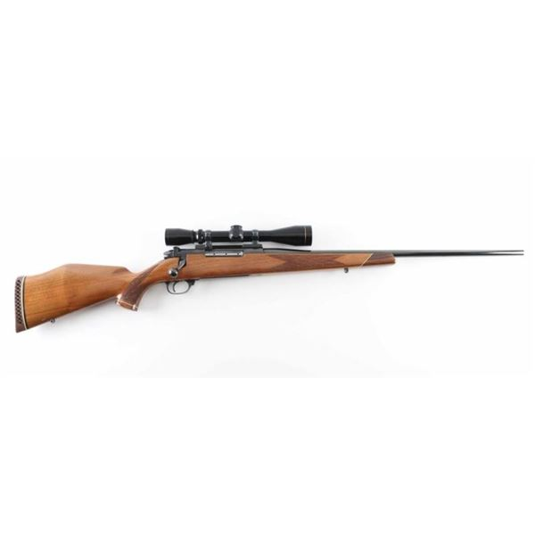 Weatherby Mark V 7mm Wby Mag SN: P25367