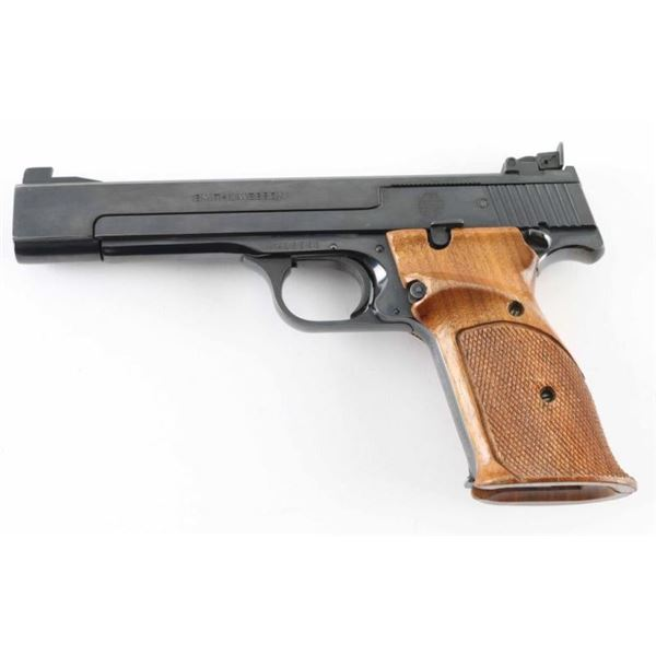 Smith & Wesson Model 41 22LR SN: A418560
