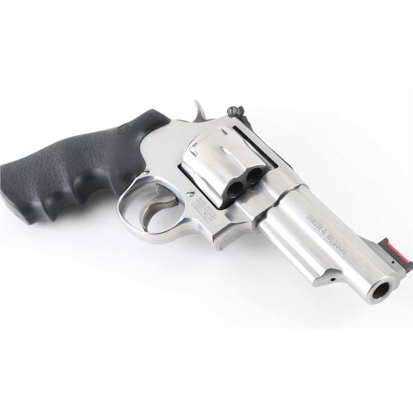 Smith & Wesson 629-6 .44 Mag SN: DBB6315