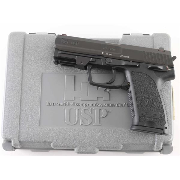 Heckler & Koch USP 40 S&W SN: 22-4004
