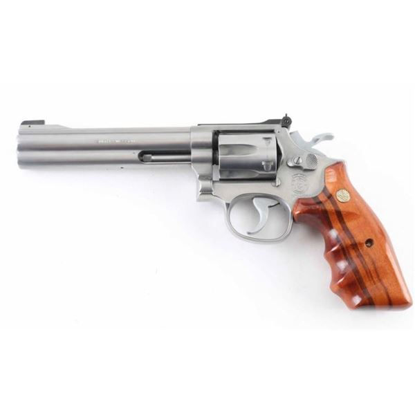 Smtih & Wesson Model 617 22LR SN: BER7226