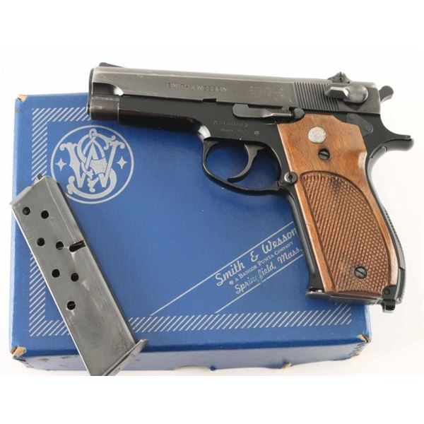 Smith & Wesson 39-2 9mm SN: A660006