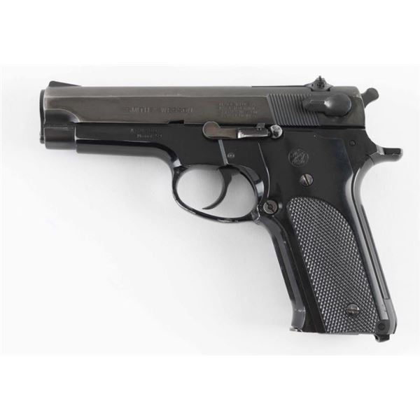 Smith & Wesson 59 9mm SN: A682697