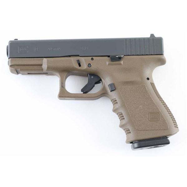 Glock 19 Gen 3 9mm SN: BBZS798
