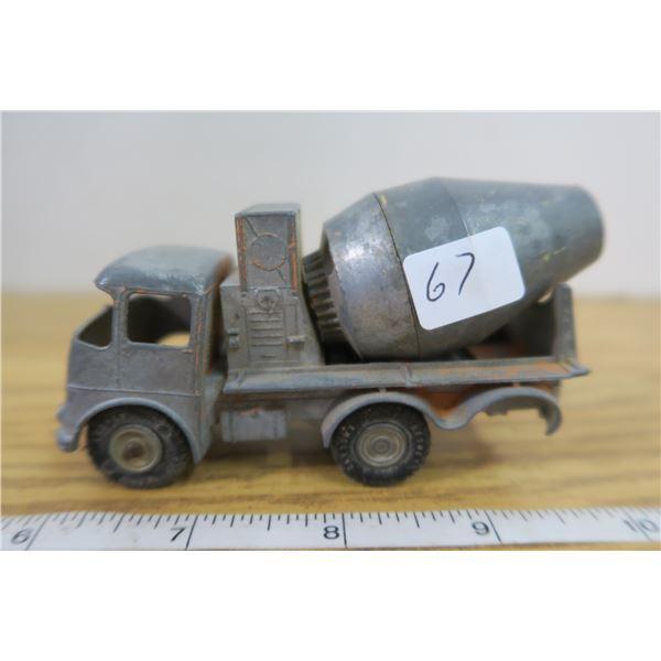Matchbox Orange Cement Truck Lesney (For Parts)