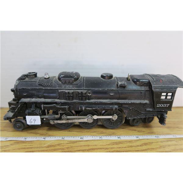 Antique Lionel Steam Engine