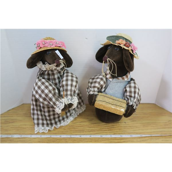 Mr. & Mrs. Mouse Figures