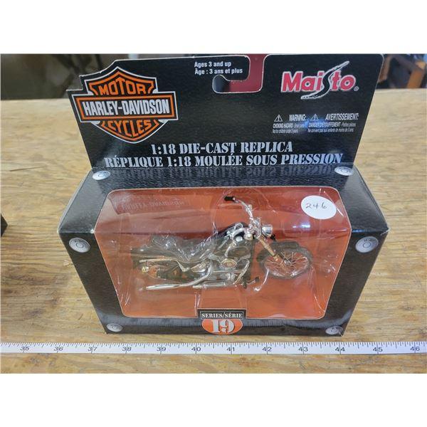 1:18 Scale Die-Cast - Harley-Davidson - FXST Softail