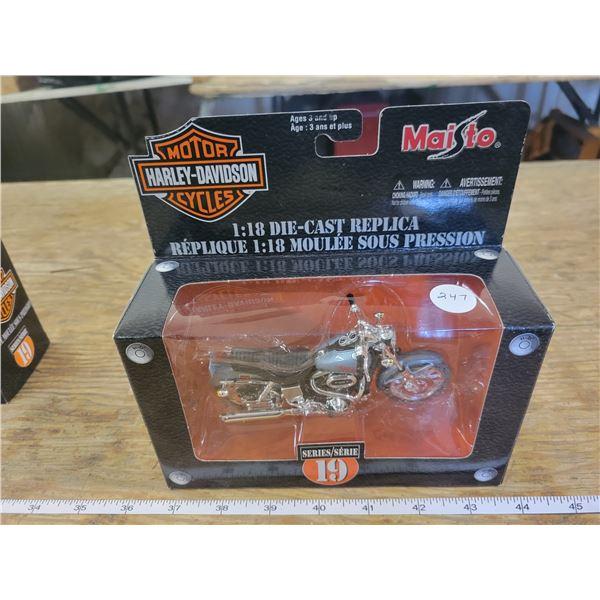 1:18 Scale Die-Cast - Harley-Davidson - 1977 FXS Low Rider