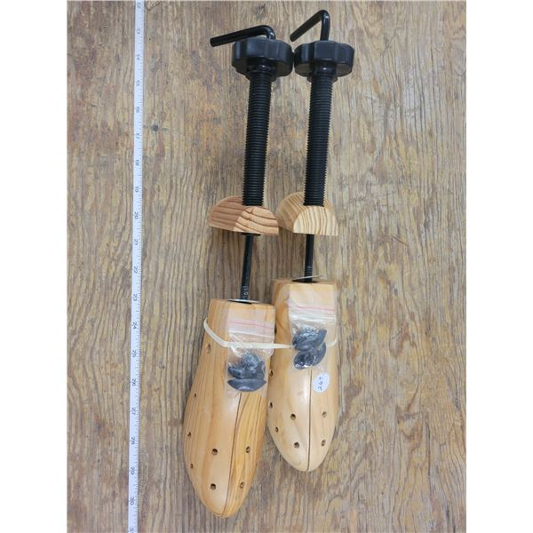 Set of Shoe Stretchers - Great to prevent leather shoes from shrinking and sole curling