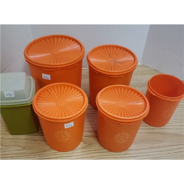 Tupperware cannisters and storage containers