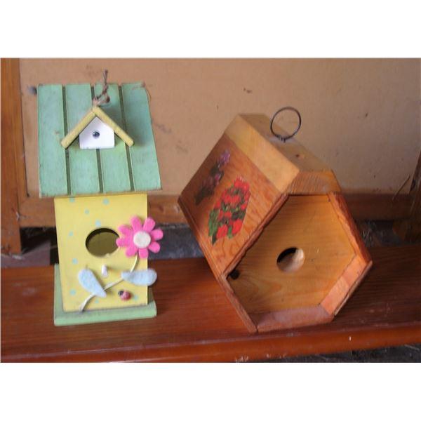 pair of bird houses