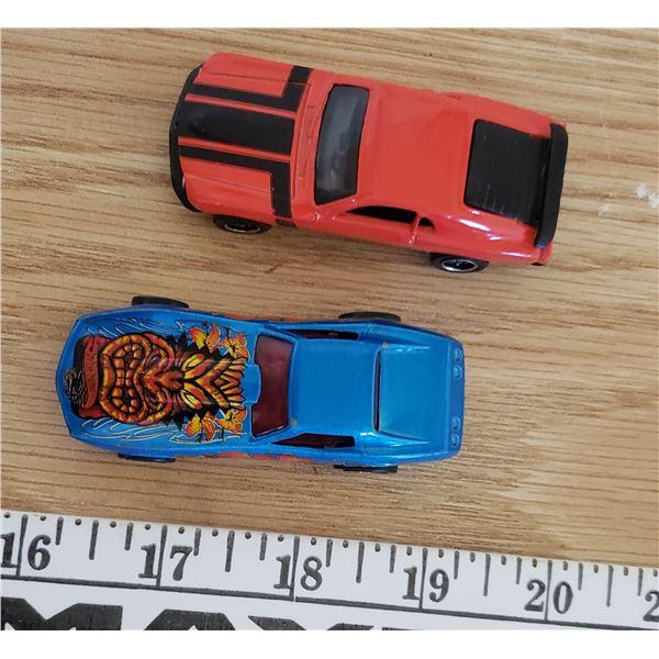 Hotwheels 1975 corvette , Matchbox 1970 Ford Mustang