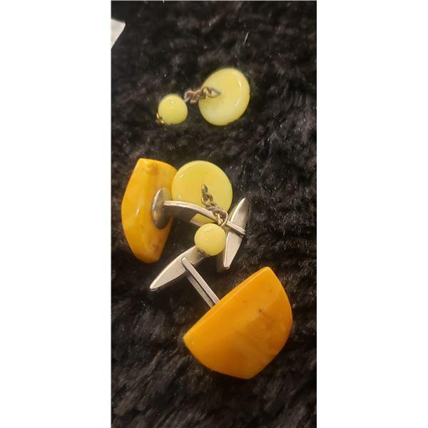 2 Bakelite cufflinks
