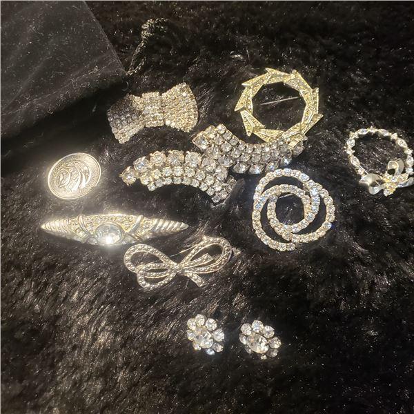 7 crystal rhinestone brooches 1 pair of earrings