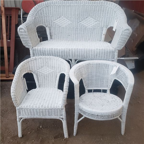 3 piece white wicker patio set