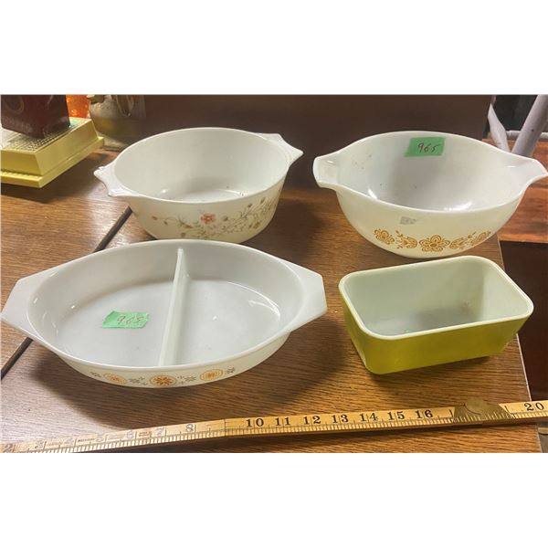 4 Pyrex pieces 3 bowls and 1 refrigerator dish