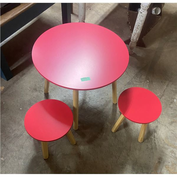 """Childs table and 2 chairs (table 23"""" across)"""