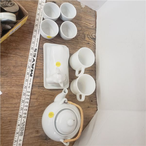 assorted white ware kitchen items, whiteware
