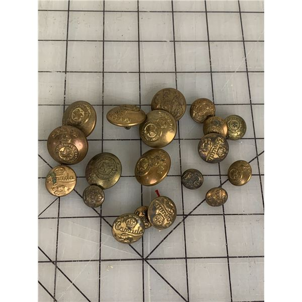 LOT OF CANADIAN MILITARY UNIFORM BUTTONS