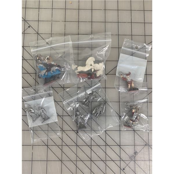 VINTAGE RAL PARTHA DUNGEONS AND DRAGONS MINIATURES LOT