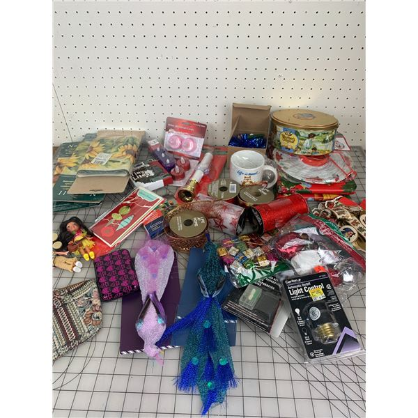 MISC LOT CHRISTMAS LIGHTS CANDLES ETC