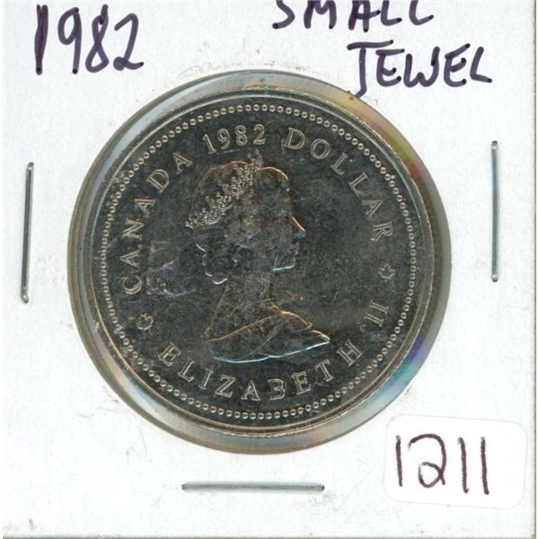 1982 dollar Coin Constitution  small  jewel