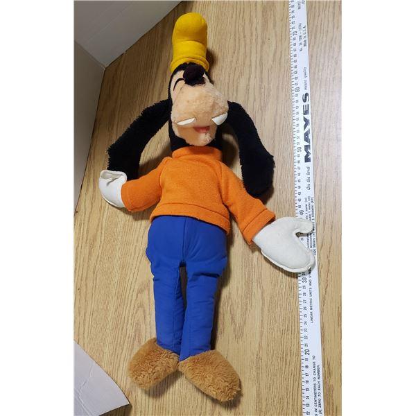 Vintage Disney Store Goofy Stuffed Animal