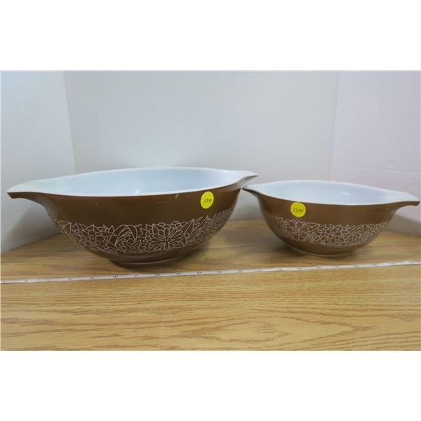 Set of 2 Brown Pyrex Bowls with Flower Pattern