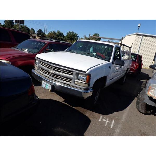 2000 Chevrolet C2500