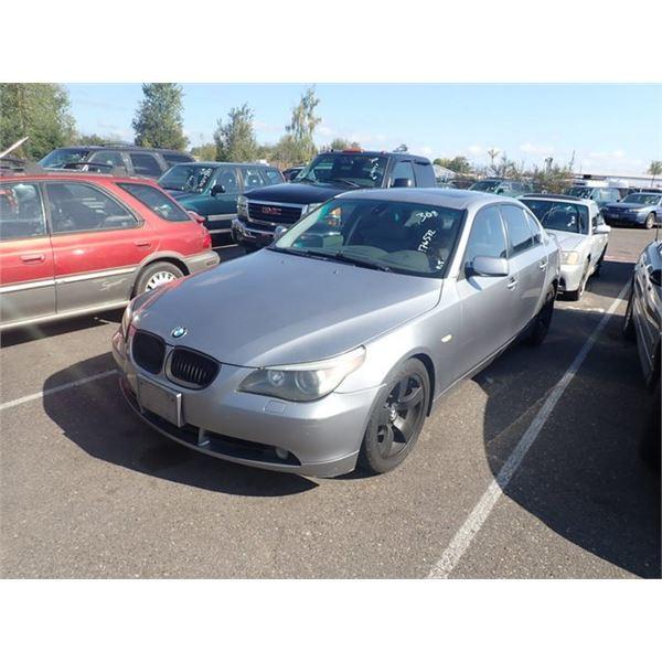 2004 BMW 525i