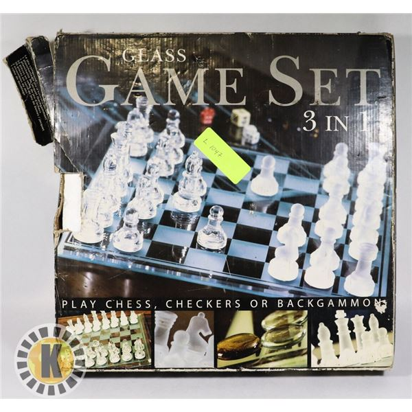 3 IN 1 GLASS GAME SET -CHESS, CHECKERS, BACKGAMMON