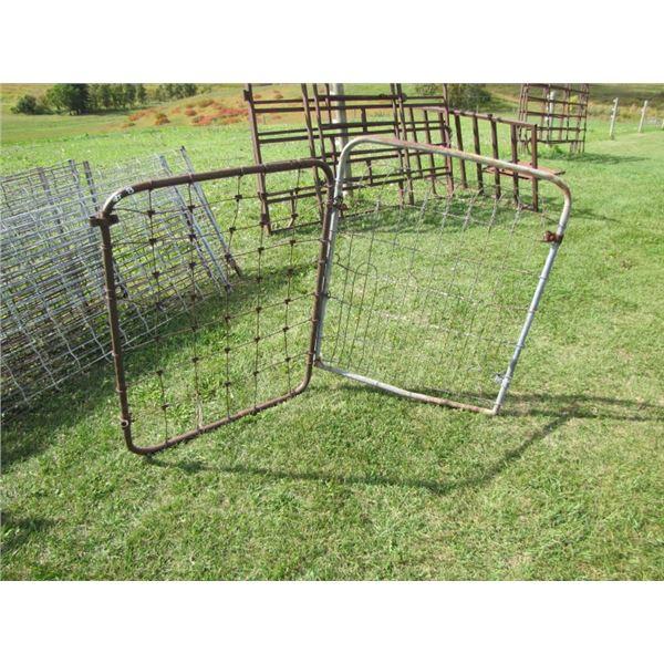 lot of 2 wire Garden Gates