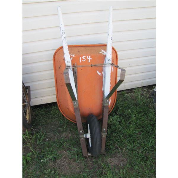 4.5 cubic foot wheelbarrow