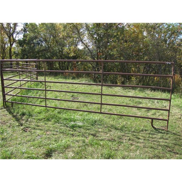 Corral panel 16 foot long by 63 in tall