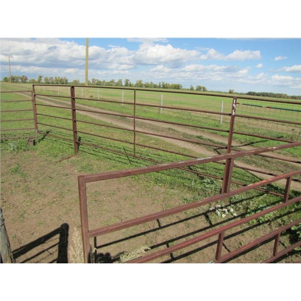 Corral panel 21 foot long by 5 foot high