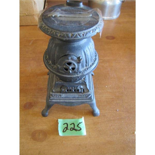 salesman sample cast pot belly stove