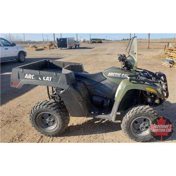 2007 Arctic Cat 650 Quad 4x4 (Model H1TBX) (Runs / Drives / Needs TLC) (ODM Shows 8167kms) (S/N# 4UF
