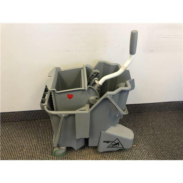 Unger commercial mop bucket (grey)