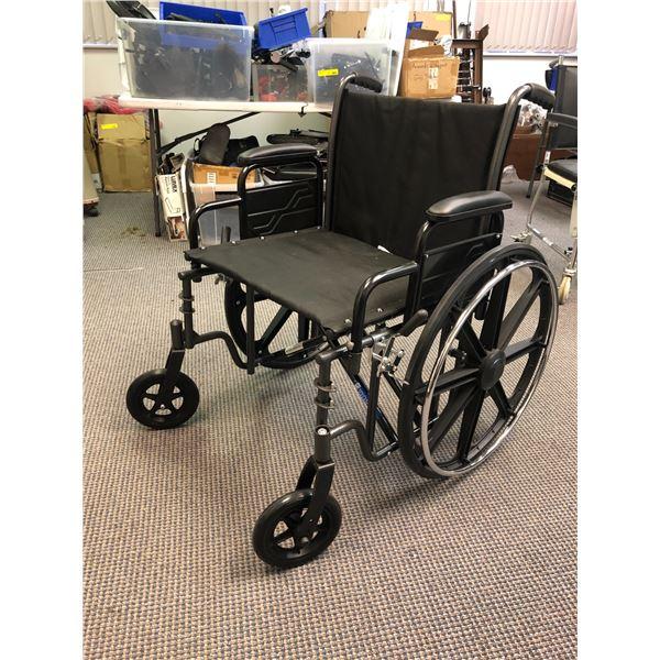 Merits N473XMDZMU collapsible wheelchair (black)