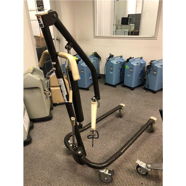 Medical assist patient lift w/ harness