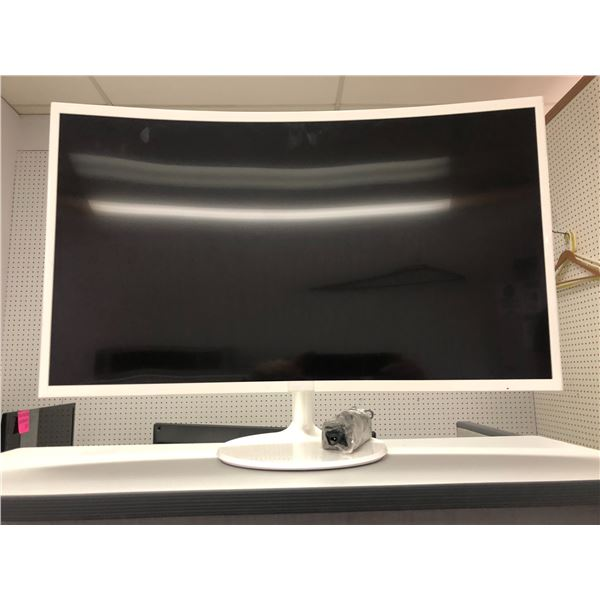 Samsung 32in monitor - good working order